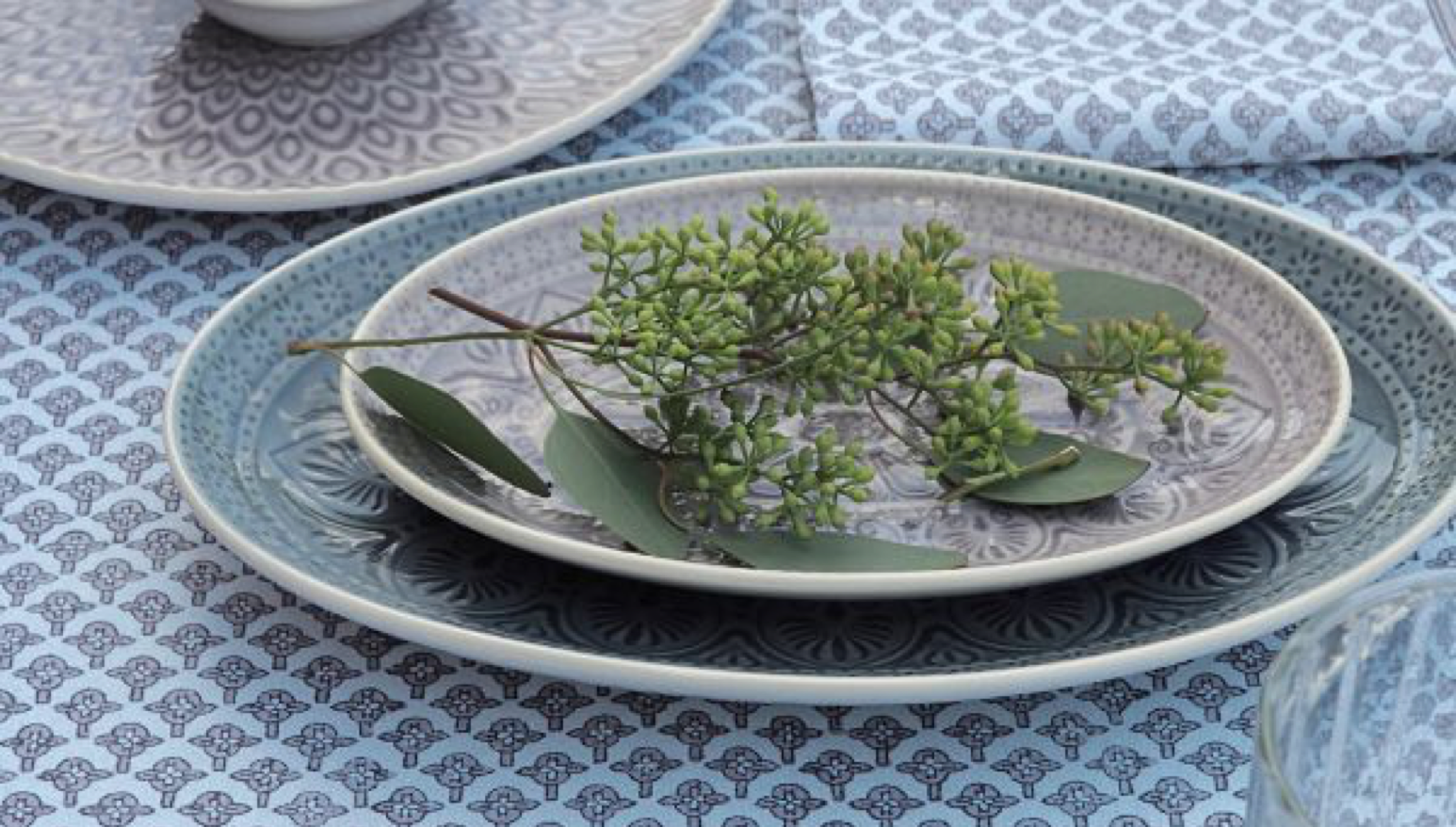 Esthetic Living - Glaze Bungalow Dinnerware