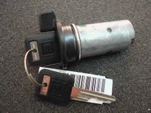 1993-1994 GMC Suburban Ignition Lock