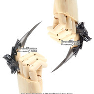 Fantasy Iron Reaver Wolf Claw Finger Blade