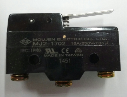 MJ2-1702, moujen micro switch, normally open & normally closed, flat rigid actuator, screw terminals, E47BMS20, Z-15GW21-B, BZ-2RW8761-A2