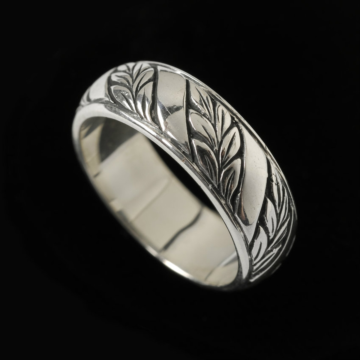 handmade and engraved laurel leaf wedding ring band by bowman originals sarasota - Leaf Wedding Ring