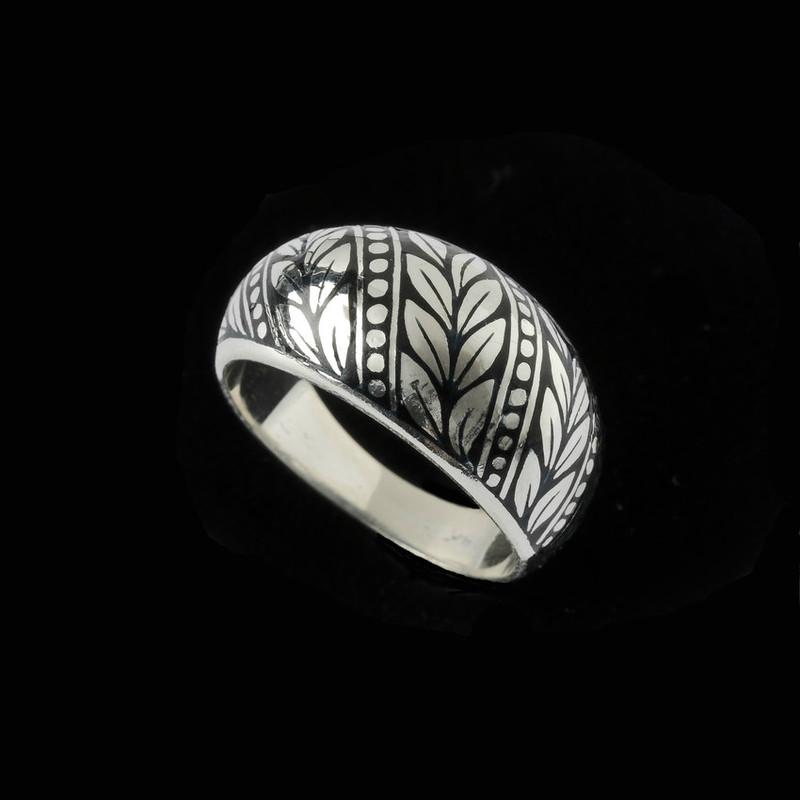 Laurel Leaf Enamel Dome Ring in Sterling Silver by Bowman Originals, USA