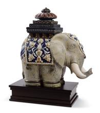 LLADRO SIAMESE ELEPHANT (01001937 / 1937)