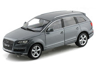 Audi Q7 SUV Grey 1/18 Scale Diecast Car Model By Welly 18032