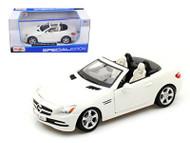 Mercedes Benz SLK Class White 1/24 Scale Diecast Car Model By Maisto 31206