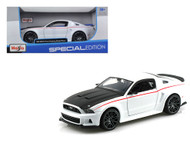 2014 Ford Mustang Street Racer White 1/24 Scale Diecast Car Model By Maisto 31506