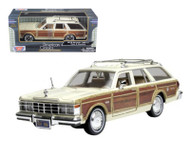 1979 Chrysler LeBaron Town & Country Station Wagon 1/24 Scale Diecast Car Model By Motor Max 73331