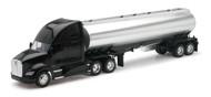 Kenworth T700 Oil Tanker Semi Truck & Trailer 1/32 Scale By Newray 12223