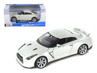 2009 Nissan GT-R White 1/24 Scale Diecast Car Model By Maisto 31294