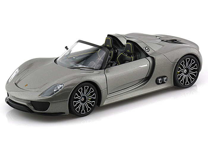porsche 918 spyder silver 1 24 scale diecast car model by welly 24031. Black Bedroom Furniture Sets. Home Design Ideas
