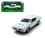 1969 Pontiac GTO Judge White 1/24 Scale Diecast Car Model By Welly 22501
