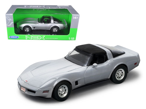 1982 Chevrolet Corvette Silver 1/18 Scale Diecast Car Model By Welly 12546