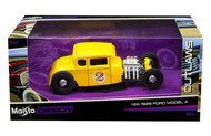 1929 Ford Model A Yellow #2 OUTLAWS 1/24 Scale Diecast Car Model By Maisto 31354