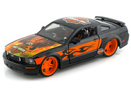 2006 Ford Mustang GT Harley Davidson With Eagle 1/24 Scale Diecast Car Model By Maisto 32169