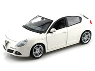 Alfa Romeo Giulietta White 1/24 Scale Diecast Car Model By Bburago 21071