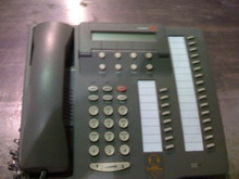 Avaya 6424D02A-323 / 108331240 Phone 6424D+M Definity 24 Button, Used
