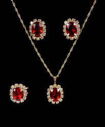 Pendant Necklace, Earrings, and Ring Set - IMJS0495RD
