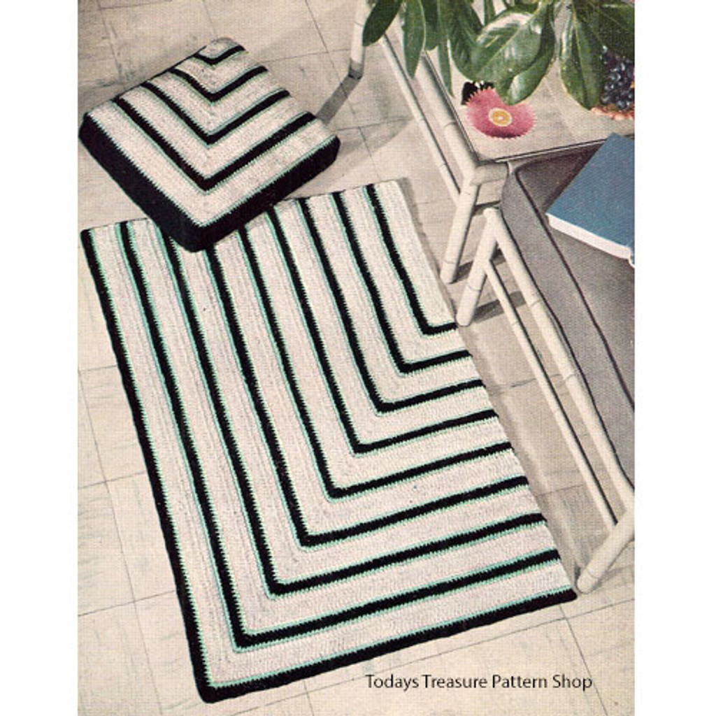 Geometric Striped Crochet Rug Pattern