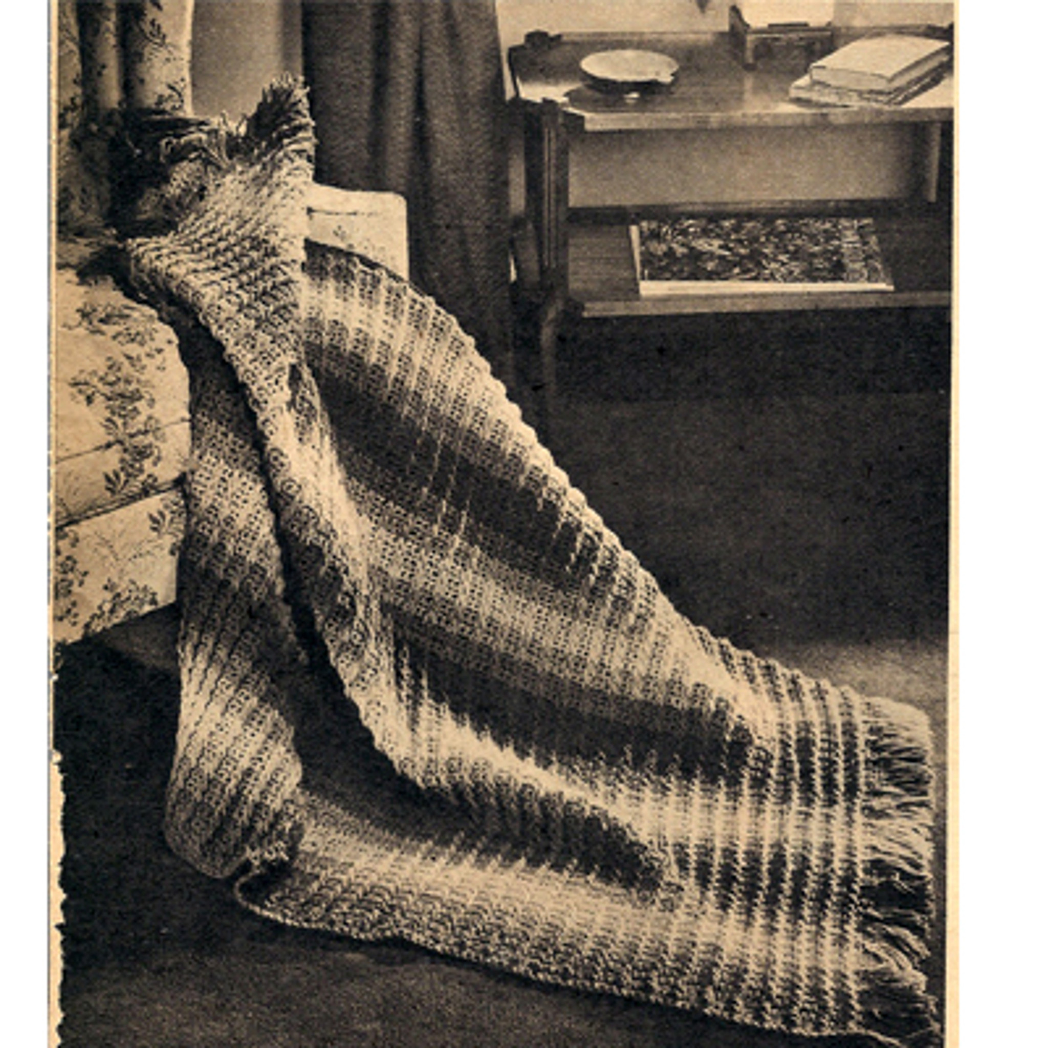 Vintage Beginners Afghan Crochet Pattern, Easy Stripes with Fringe