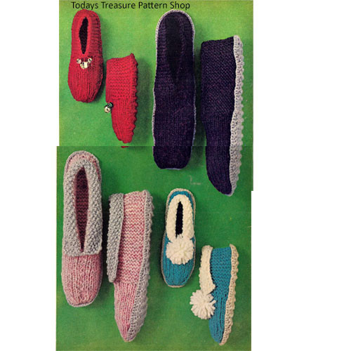 Childs Knitted Slippers with Pompoms