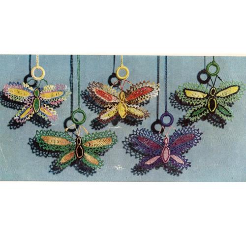 Crochet Shade Pull Ornaments, Vintage 19560s