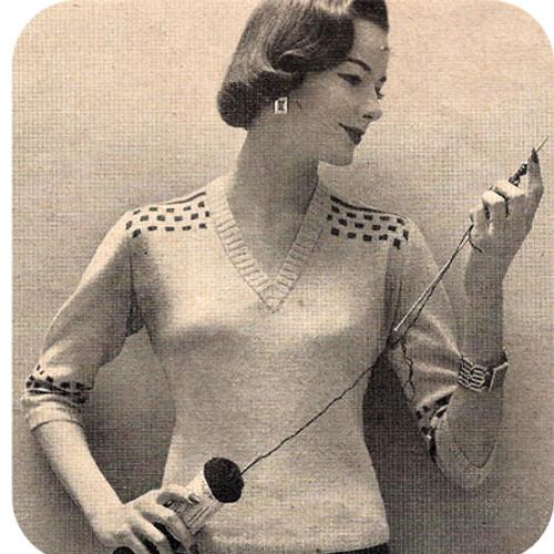 Knitted Pullover Blouse Pattern in Bernat Glenspun Yarn