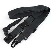 THREE POINTS SLING IN BLACK