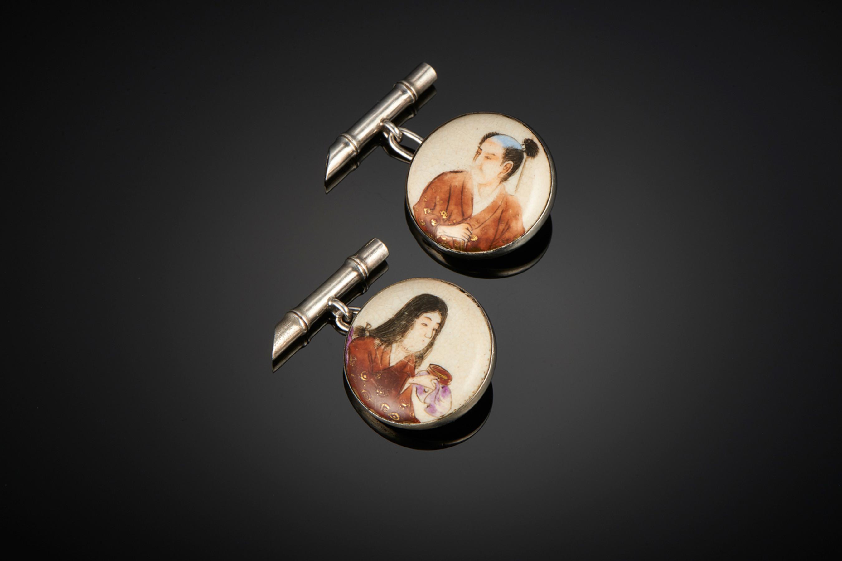 Exquisite Pair of Satsuma Cuffflinks - Front Image
