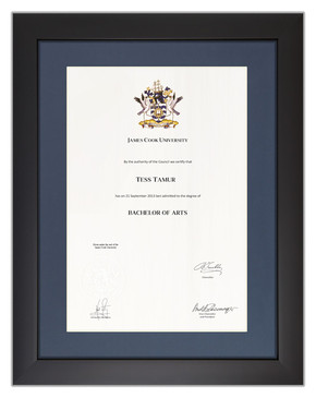 Degree Certificate Frame for JCU