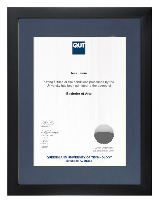 Degree Certificate Frame For Qut Gowntown