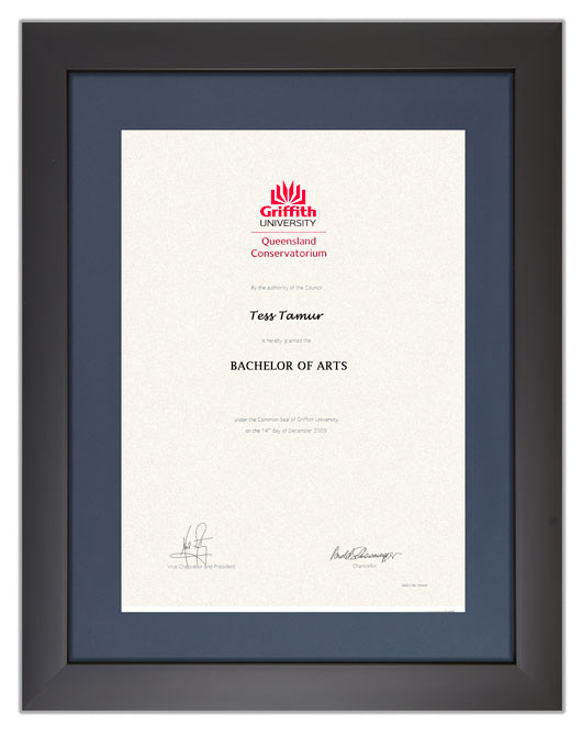 Degree Certificate Frame For Griffith University Gowntown