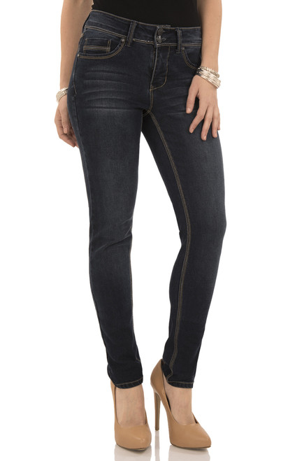 Curvy Skinny Jeans In Victoria