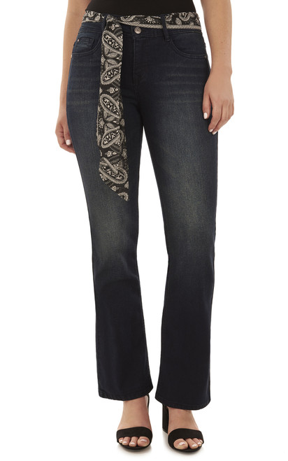 Curvy Belted Bootcut Jeans In Aire