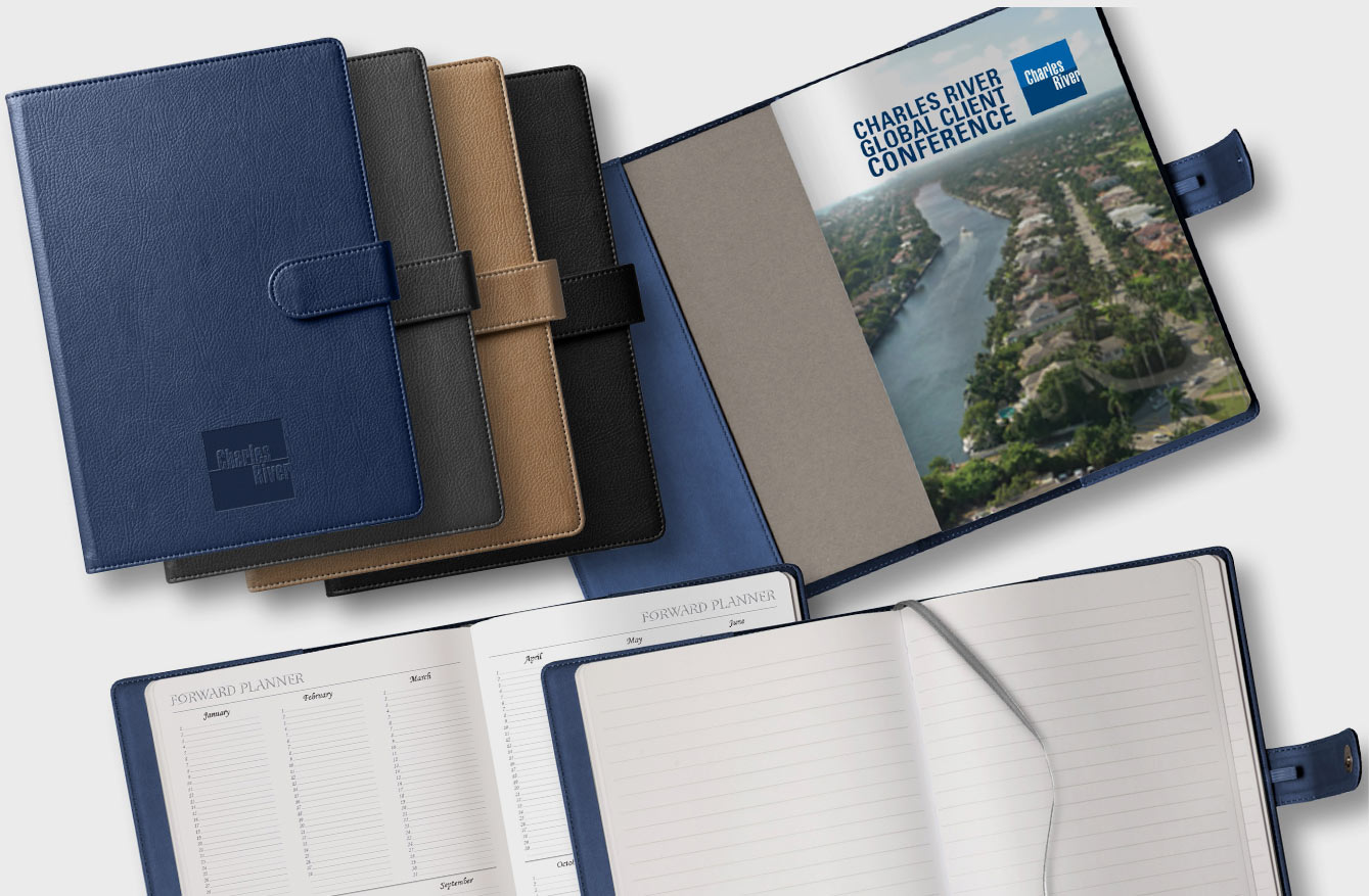 Reliable hardcover with magnetic closure