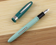 Wearever Supreme Fountain Pen Green Foam Medium