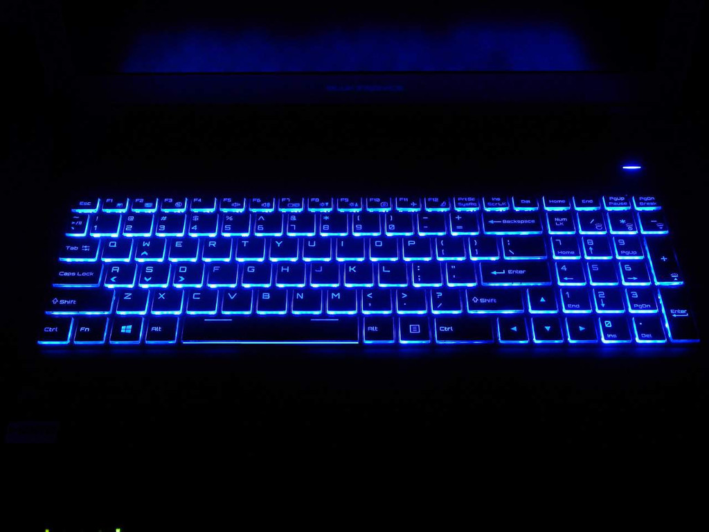 Eluktronics P650 Backlit Keyboard
