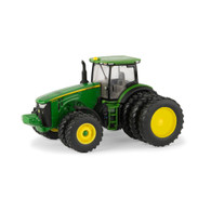 1/64 John Deere 8400R Tractor with Front Duals & Rear Triples
