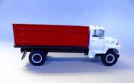 1/64 Ford L9000 Grain Truck (White)