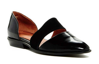 Quarter View: Women's Shoes, Women's Flats, Joella by Jeffrey Campbell, Pointed toe leather flats, Color Black. Size 8.5
