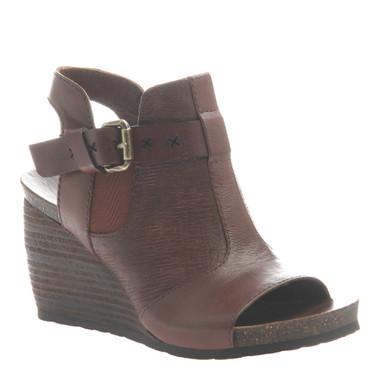 "Quarter View:  Women Shoes, Women's Sandals, OTBT Arcadian, 3"" stacked wedge sandal, Texture blocked leather, Color Acorn (burgundy)"