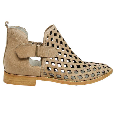 """Side View: Women's Shoes, Women's Bootie, Perforated leather, 1/2"""" heel, Musse & Cloud, Color: Taupe"""