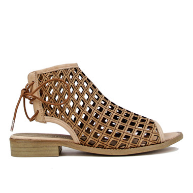 "Side View: Women's Shoes, Women's Flat Sandal, Musse and cloud aimy, Perforated leather, 1"" heel, Color: Cue (Tan)"