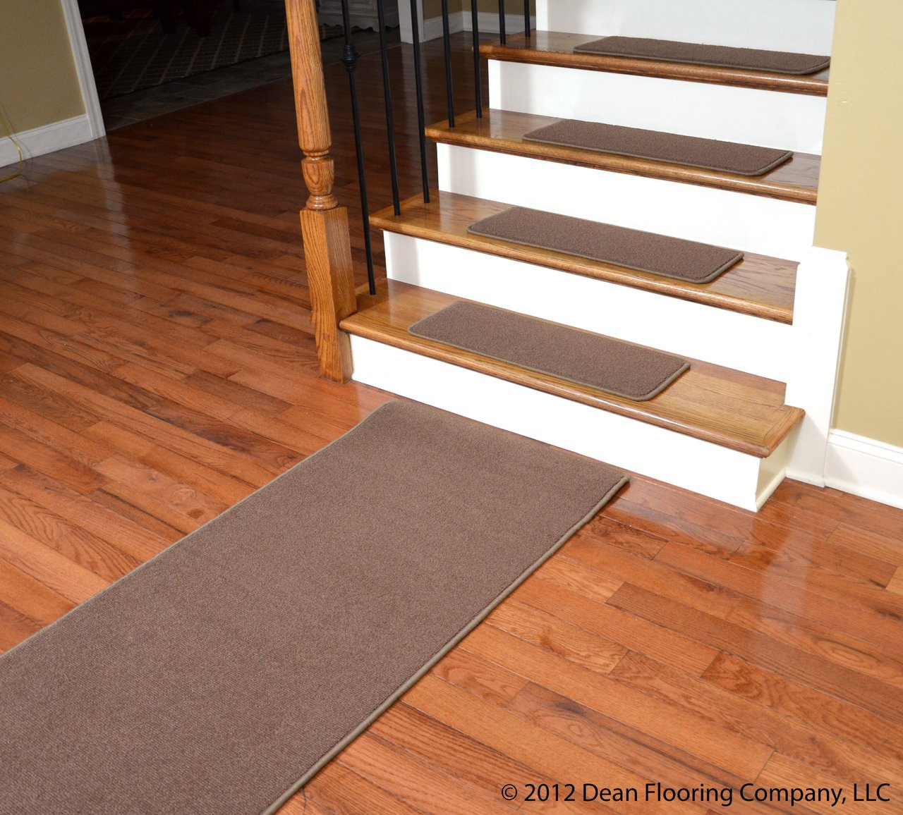 Dean Premium Stainmaster Nylon Carpet Stair Treads