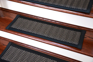 "Dean Hatteras Flatweave Indoor/Outdoor Carpet Stair Treads/Runners/Mats/Rugs - Chevron Black/Black 29""x9""(3)"