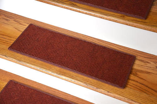Dean Indoor/Outdoor Pet Friendly Tape Free Non-Slip Carpet Stair ...