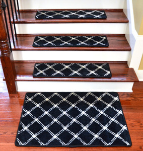 "Dean Radiance Brushed Lattice Onyx Non-Skid Nylon Carpet Stair Treads/Runner Rugs 30"" x 9"" Set of 15 Plus a Matching 2' x 3' Landing Mat"