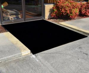 Dean Flooring Company Ebony 6u0027 X 40u0027 Indoor/Outdoor Patio Deck Boat Entrance