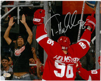 Tomas Holmstrom Autographed 8x10 Photo #1 - Celebrating with Kid Rock
