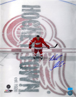 Nicklas Lidstrom Autographed 16x20 Photo #3 - Hockeytown Center Ice