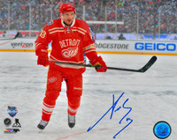 Pavel Datsyuk Autographed Detroit Red Wings 8x10 Photo #11 - 2014 Winter Classic